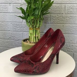 Mossimo Snakeskin Pumps